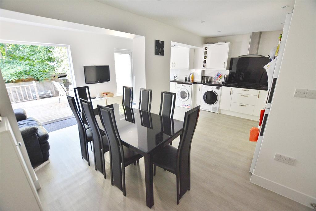 4 Bedrooms House for sale in Claybury, Bushey, Hertfordshire, WD23