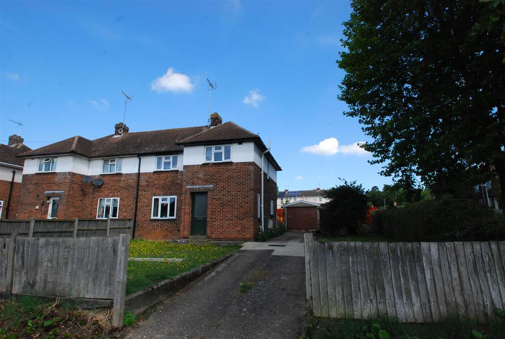 4 Bedrooms Semi Detached House for sale in Abbot Road