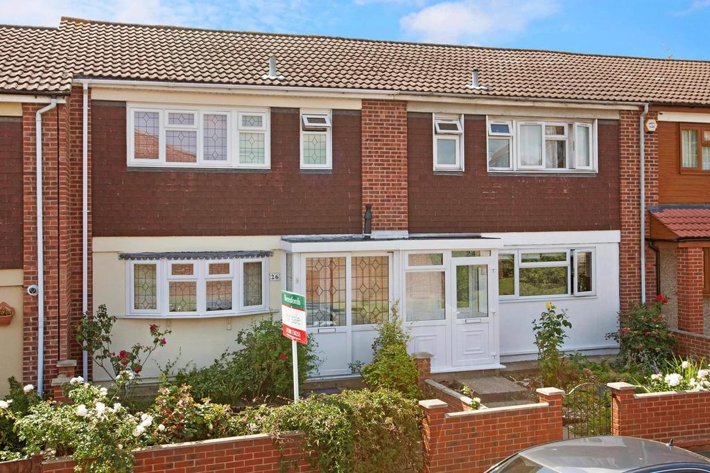 2 Bedrooms Terraced House for sale in Neave Crescent, Harold Hill, Romford, Essex, RM3