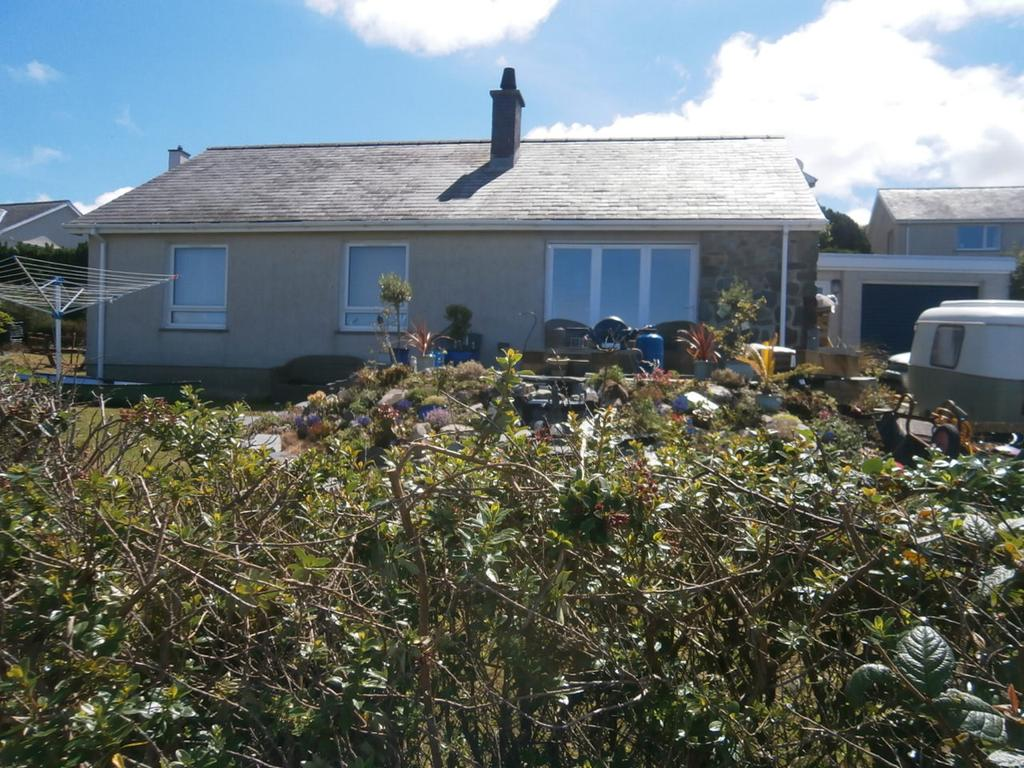 3 Bedrooms Detached Bungalow for sale in Allt Y Morfa, Harlech LL46