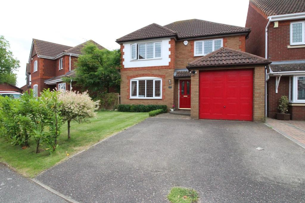 4 Bedrooms Detached House for sale in Medlar Drive, South Ockendon, Essex, RM15
