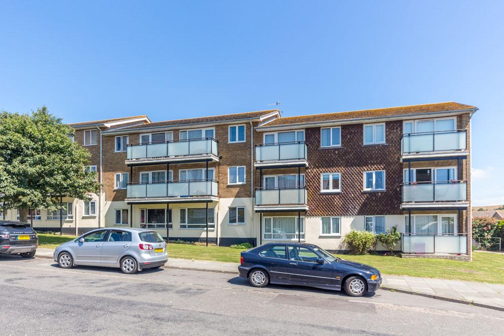 1 Bedroom Flat for sale in Mayfield Court, Lustrells Vale, Saltdean, Brighton BN2