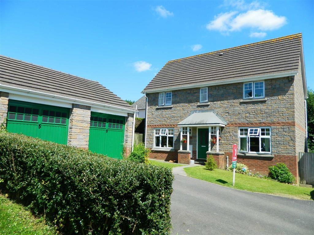4 Bedrooms Detached House for sale in Pear Tree Way, Landkey, Barnstaple, Devon, EX32