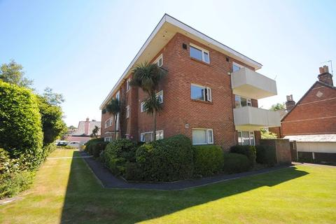 2 bedroom flat for sale - Church Road, Lower Parkstone, Poole