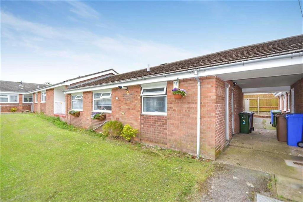 2 Bedrooms Bungalow for sale in Francis Avenue, Withernsea, HU19