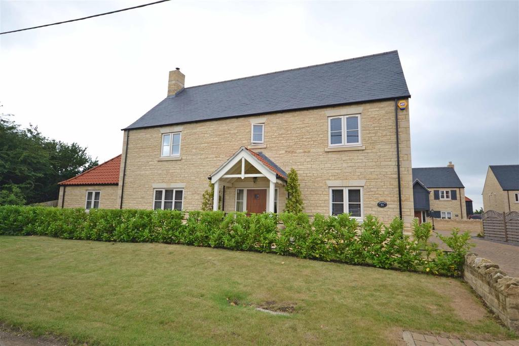 5 Bedrooms Detached House for sale in Maxey Road, Helpston