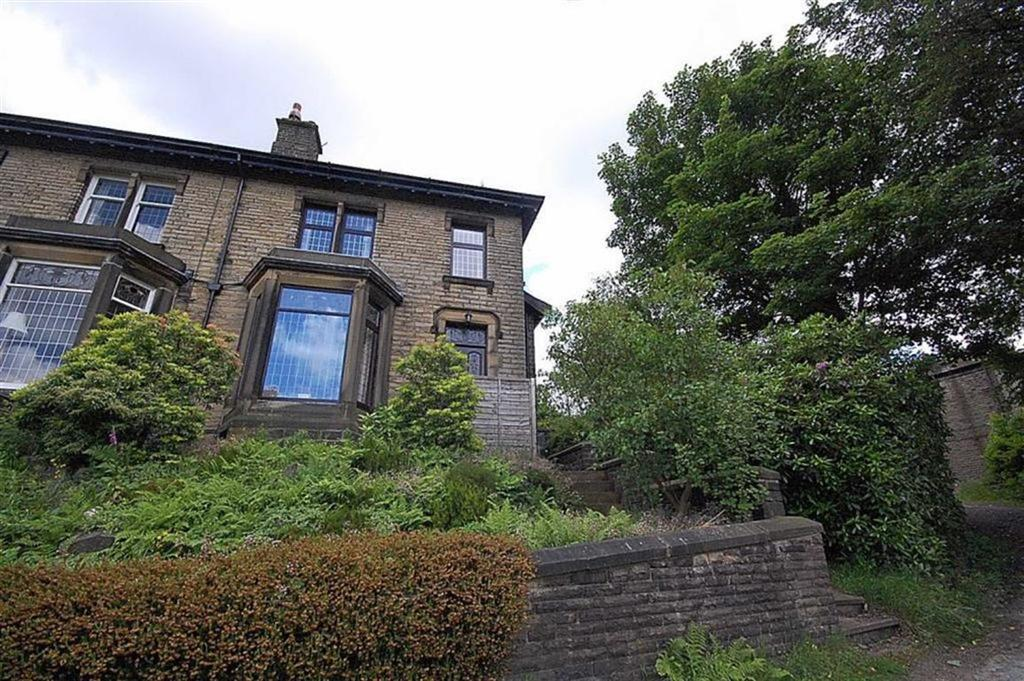 3 Bedrooms Semi Detached House for sale in Manchester Road, Linthwaite, Huddersfield, HD7
