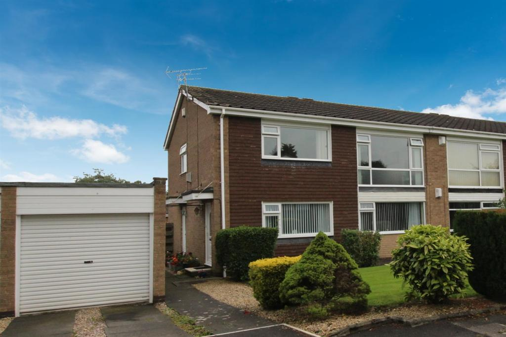 2 Bedrooms Flat for sale in Norham Close, Wideopen, Newcastle Upon Tyne