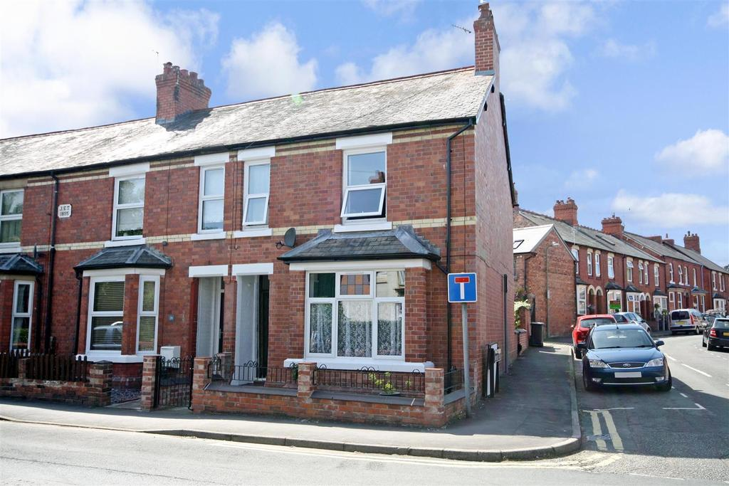 3 Bedrooms Semi Detached House for sale in Welsh Walls, Oswestry