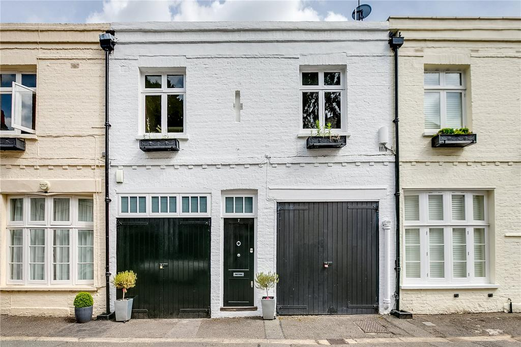1 Bedroom Mews House for sale in Burton Mews, Belgravia, London