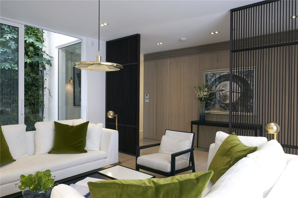4 Bedrooms Mews House for sale in Hesper Mews, London