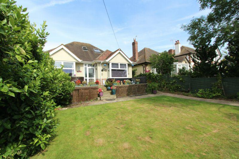 4 Bedrooms Detached Bungalow for sale in Sidford Road, Sidmouth.
