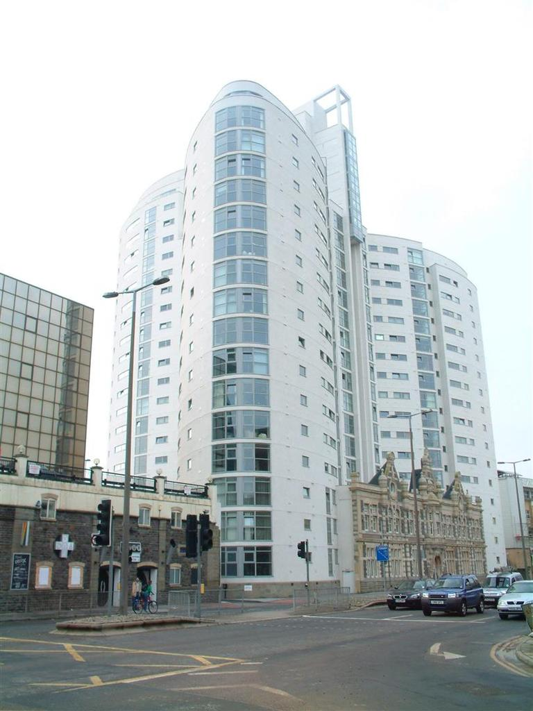 2 Bedrooms Apartment Flat for sale in Altolusso, Bute Terrace, Cardiff City Centre
