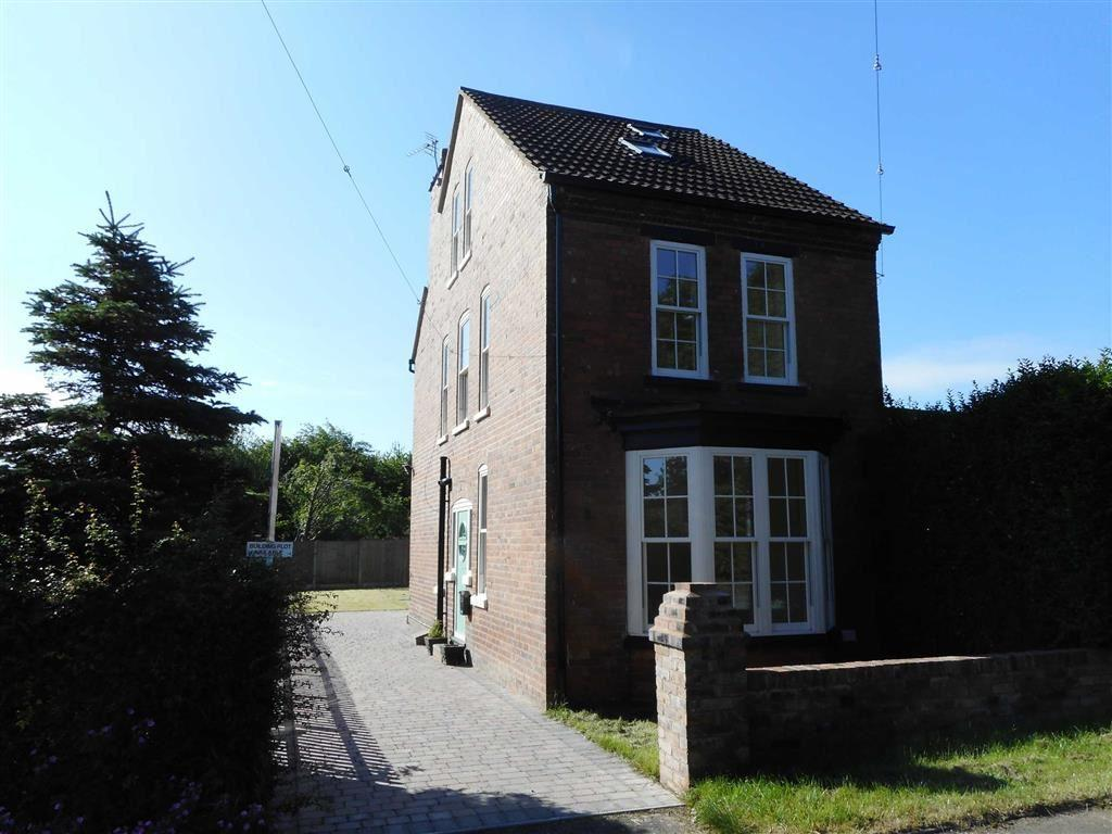 4 Bedrooms Detached House for sale in Long Lane, Wolverhampton