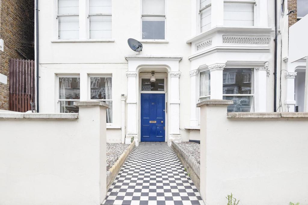 2 Bedrooms Flat for sale in Batoum Gardens, Brook Green