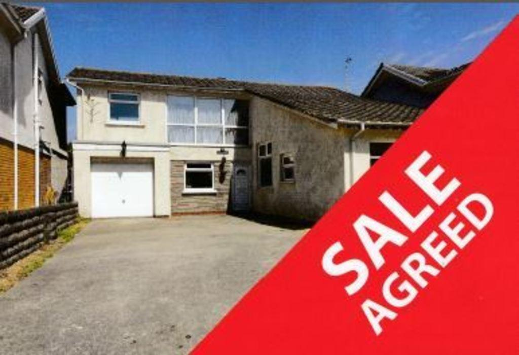 3 Bedrooms Detached House for sale in REST BAY CLOSE, REST BAY, PORTHCAWL, CF36 3UN
