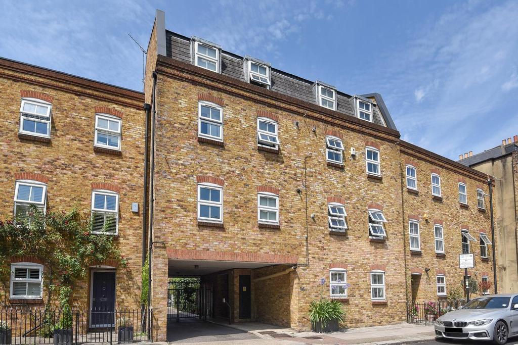 1 Bedroom Flat for sale in Battersea High Street, Battersea