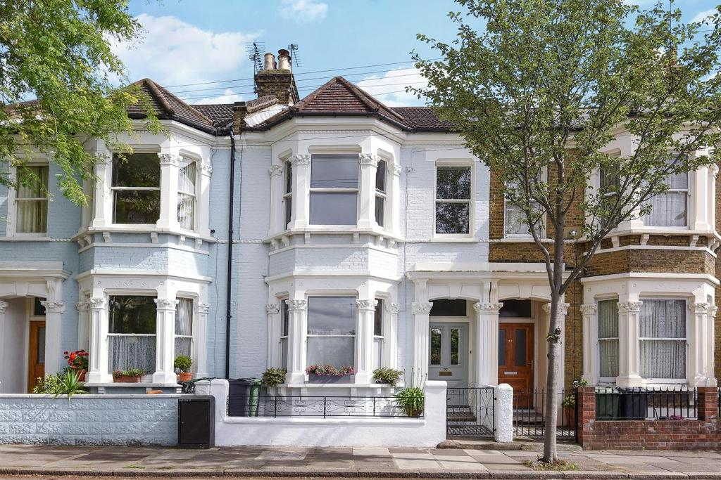 4 Bedrooms Terraced House for sale in Grantham Road, Clapham, SW9