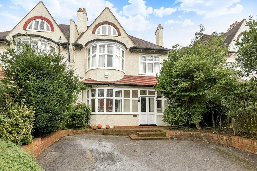 6 Bedrooms Semi Detached House for sale in Red Post Hill, Herne Hill
