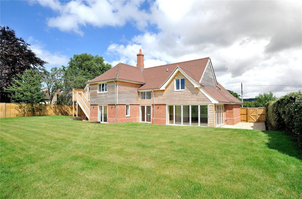 4 Bedrooms Detached House for sale in Penn Hill, Bedchester, Shaftesbury, Dorset