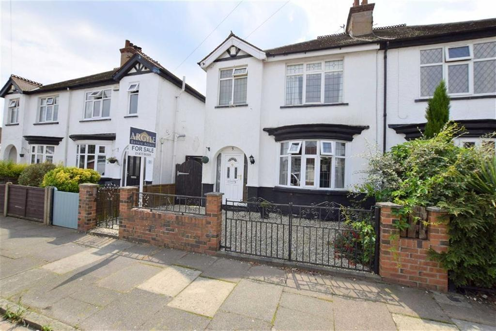 3 Bedrooms Semi Detached House for sale in Lindsey Road, Cleethorpes