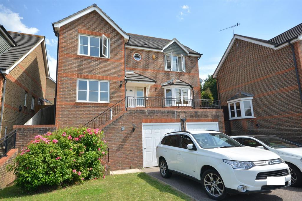4 Bedrooms Detached House for sale in The Sedges, St. Leonards-On-Sea