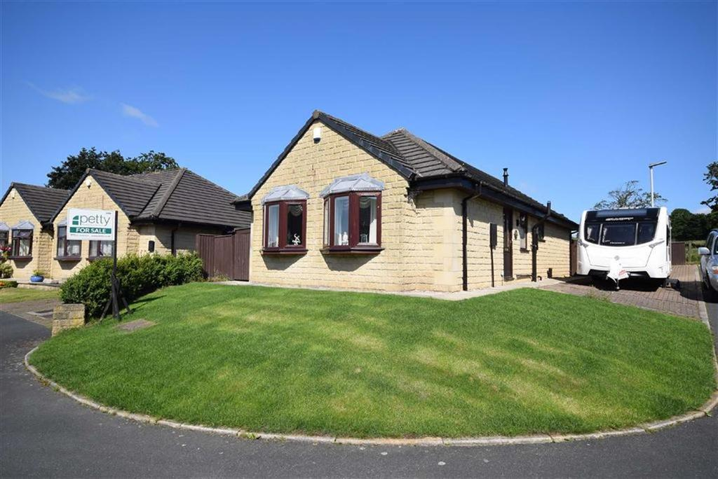2 Bedrooms Detached Bungalow for sale in The Meadows, Colne, Lancashire