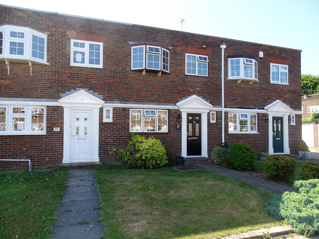 3 Bedrooms Terraced House for sale in Shaftesbury Crescent, Staines-upon-Thames, TW18