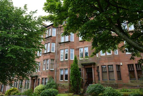2 Bedrooms Flat for sale in 0/1, 51 Beechwood Drive, Broomhill, Glasgow, G11 7EU