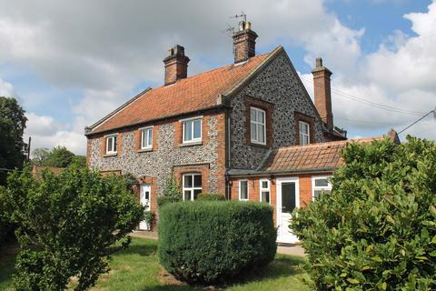 2 bedroom semi-detached house to rent - Burgh Hall Farm Cottages, Holt Road, Melton Constable NR24