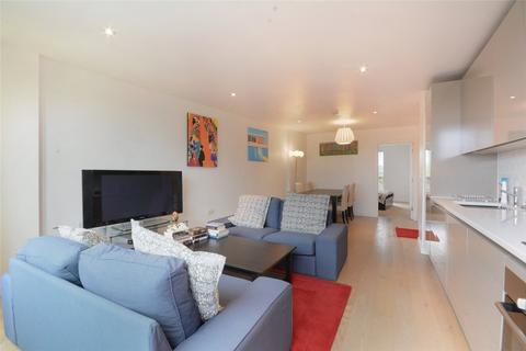 2 bedroom flat to rent - New Paragon Row, Trafalgar Place, London, SE17