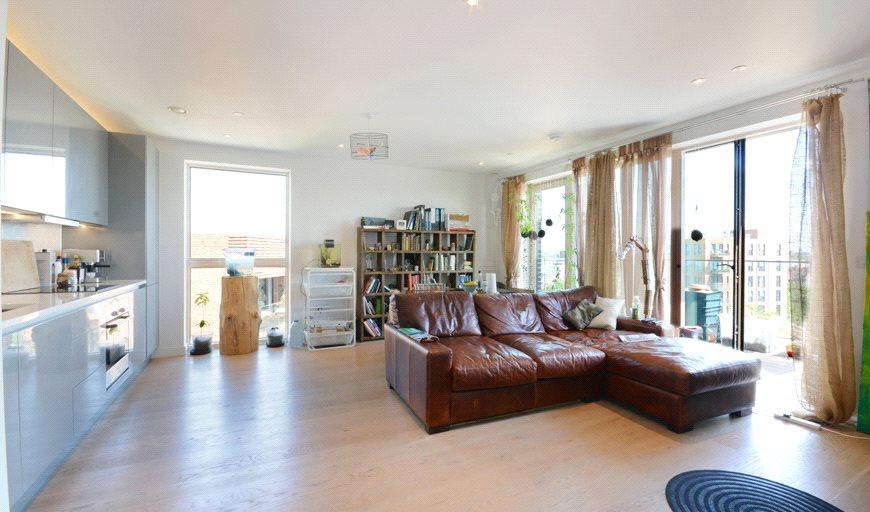 1 Bedroom Flat for sale in Rutherford Heights, Rodney Road, London, SE17