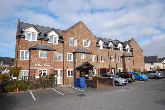 2 Bedrooms Retirement Property for sale in Minehead