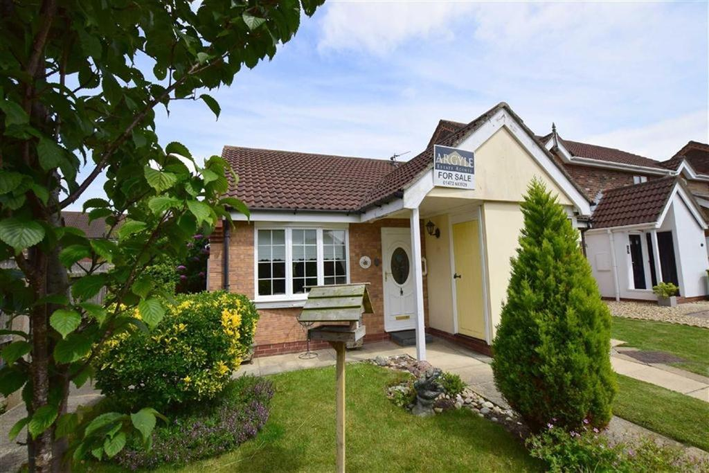 1 Bedroom Semi Detached Bungalow for sale in Marigold Walk, Cleethorpes, North East Lincolnshire