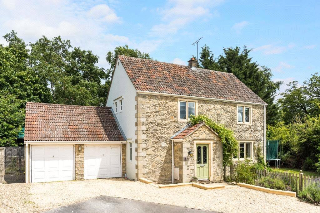 5 Bedrooms Detached House for sale in Manor Farm Drive, Sutton Benger, Chippenham, Wiltshire, SN15