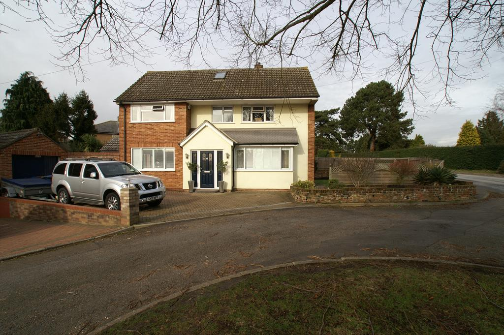 4 Bedrooms Detached House for sale in 9 Chelsea Road, Sudbury CO10