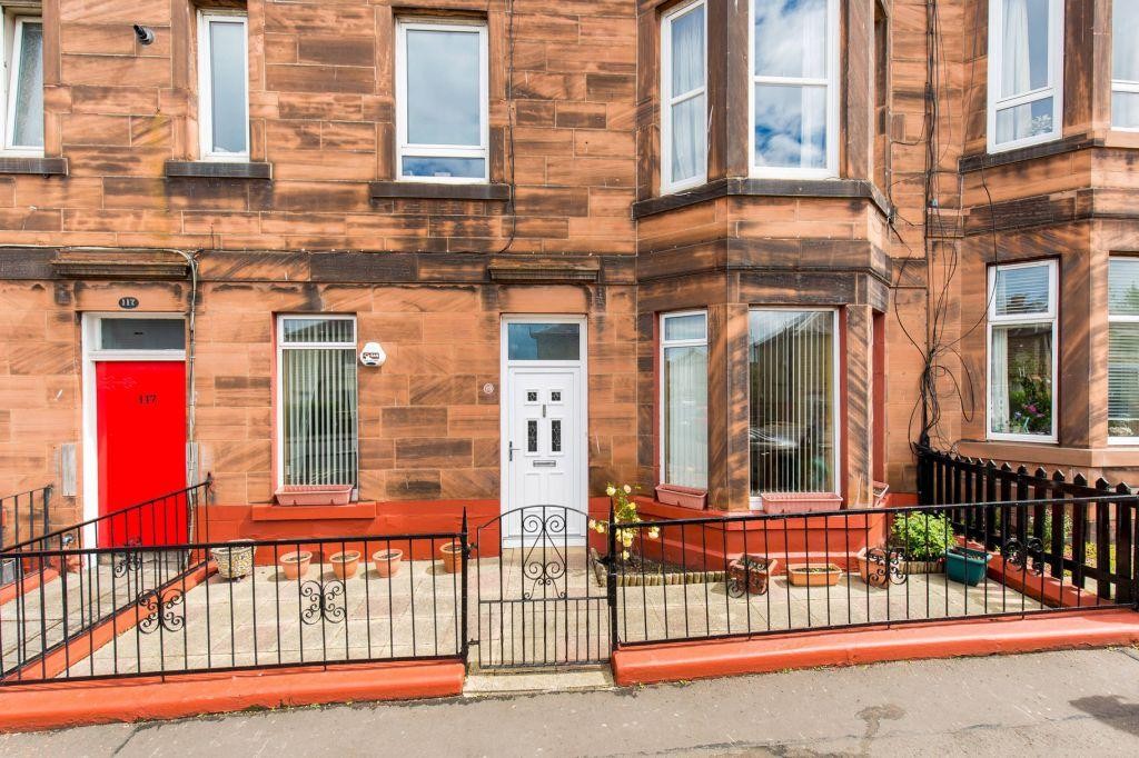 2 Bedrooms Ground Flat for sale in 119 Lochend Road, Edinburgh, EH6 8BX