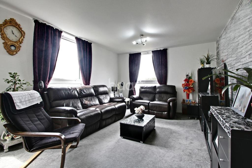 3 Bedrooms Flat for sale in Turnpike Link, CR0