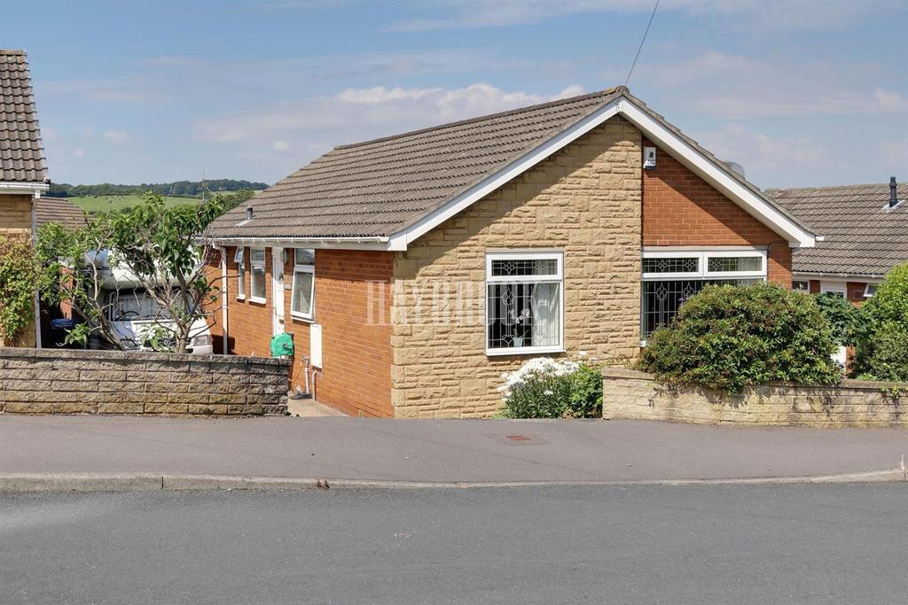 3 Bedrooms Bungalow for sale in Trickett Road, High Green