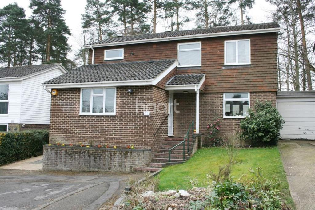 4 Bedrooms Detached House for sale in Octavia, Bracknell