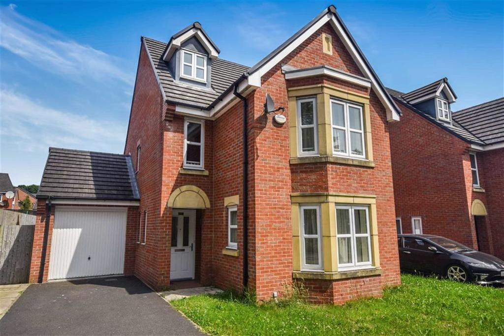 5 Bedrooms Detached House for sale in Blyton Lane, Salford