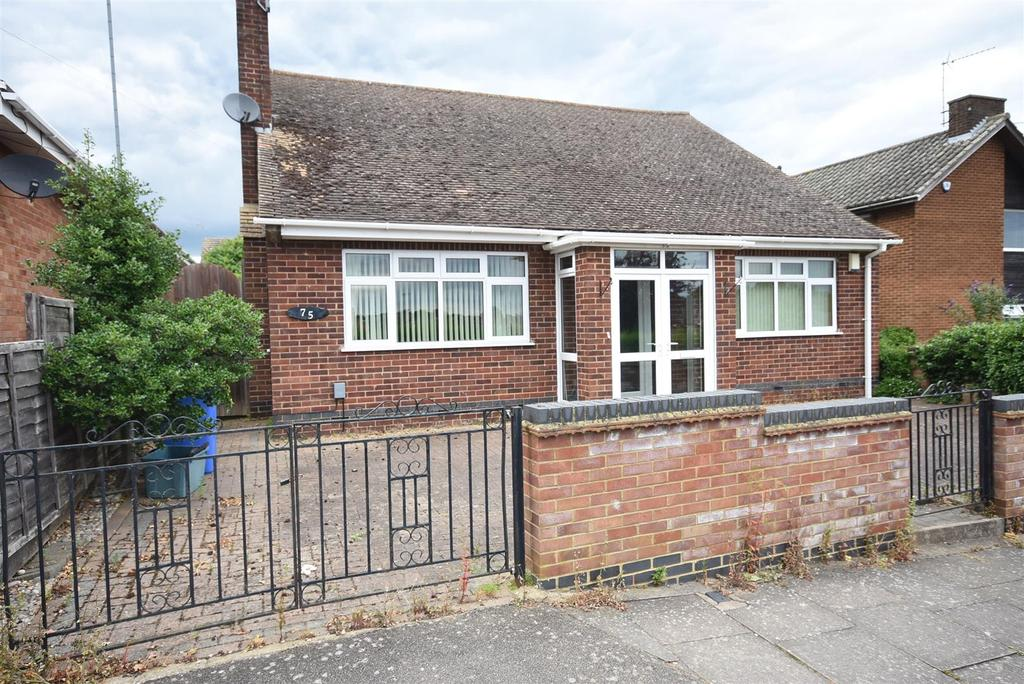 3 Bedrooms Bungalow for sale in St. Marys Road, Kettering