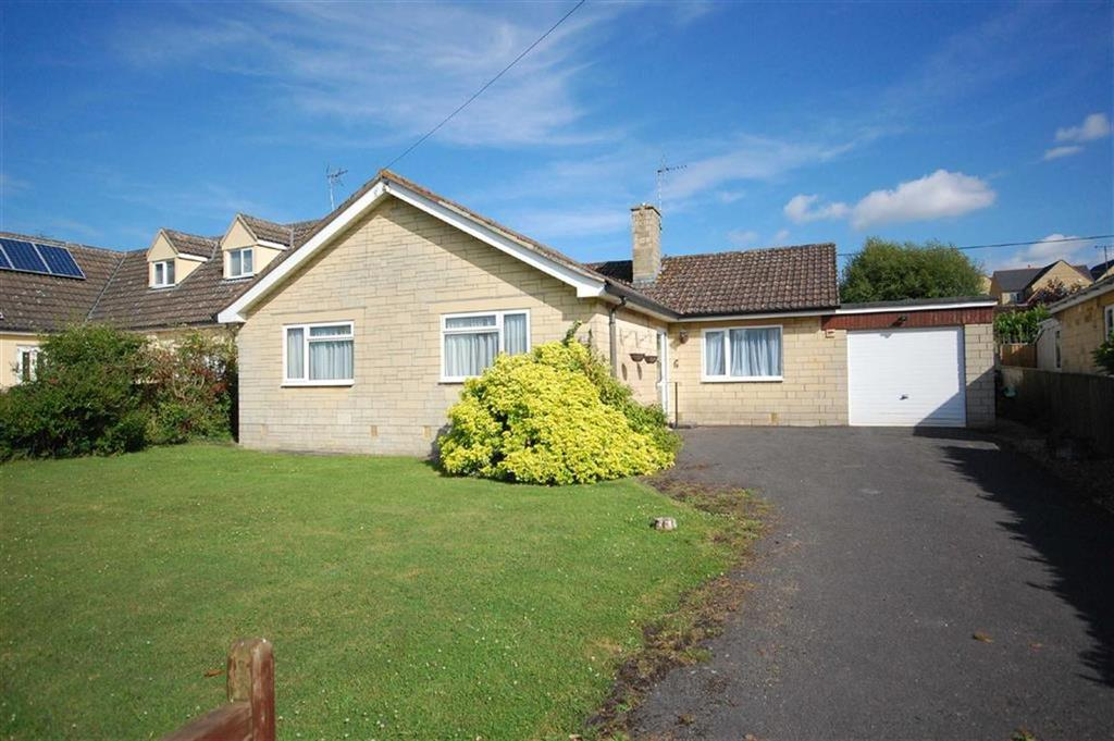 3 Bedrooms Detached Bungalow for sale in 19, Haddons Close, Malmesbury