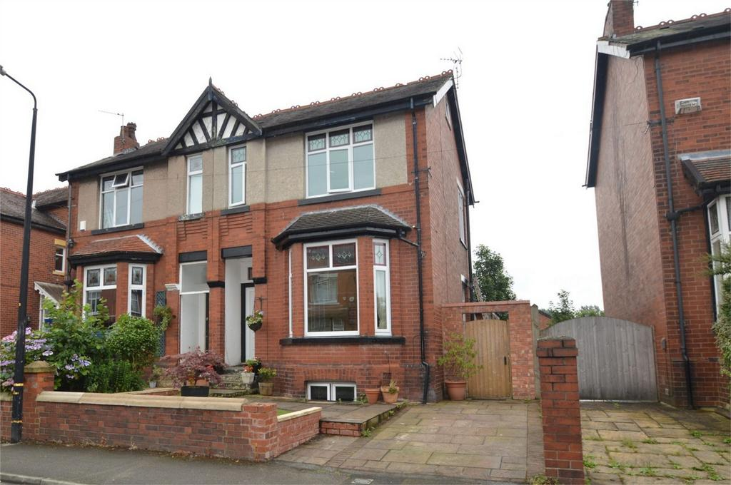 4 Bedrooms Semi Detached House for sale in Sylvan Avenue, SALE, Cheshire