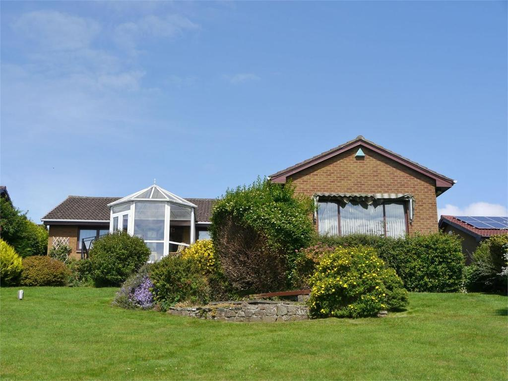 3 Bedrooms Detached Bungalow for sale in 10 Swallow Craig, Dalgety Bay, Dunfermline, Fife