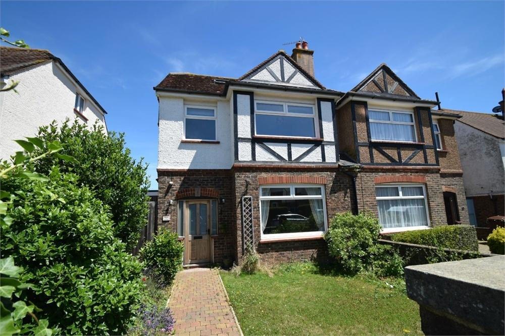 4 Bedrooms Semi Detached House for sale in Dillingburgh Road, Old Town, East Sussex