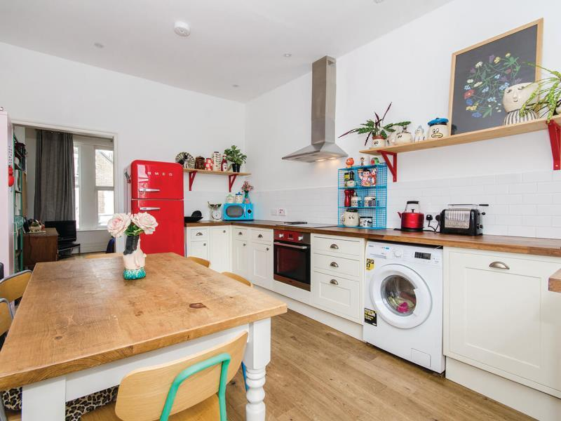 3 Bedrooms Apartment Flat for sale in Ella Road, N8