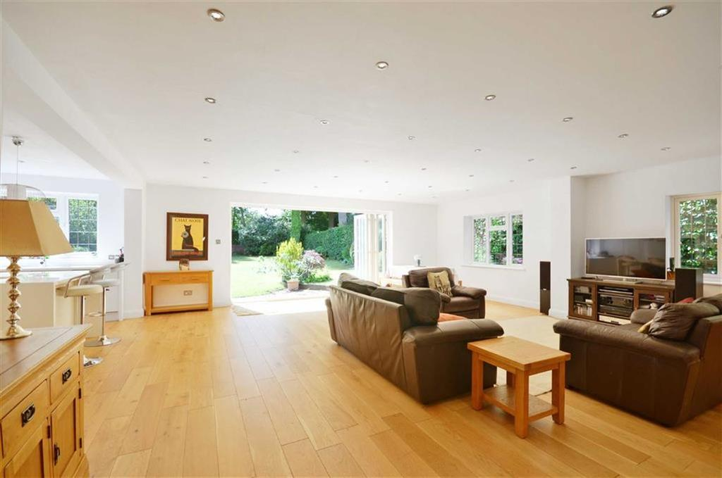 4 Bedrooms Detached House for sale in Grovewood Close, Chorleywood, Hertfordshire