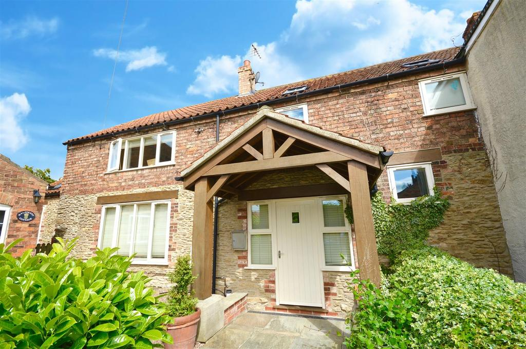3 Bedrooms House for sale in Front Street, Normanby-By-Spital, Market Rasen