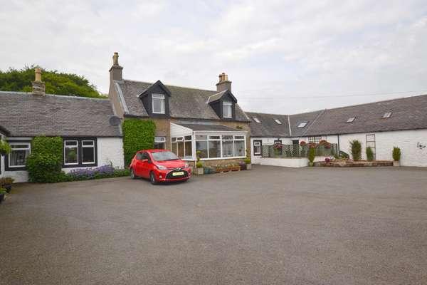 3 Bedrooms Farm House Character Property for sale in Damhead Farm, Fenwick, Kilmarnock, KA3 6BB